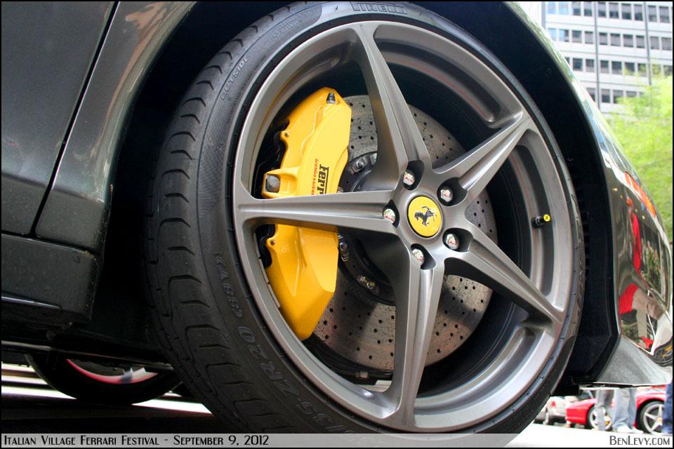 Ferrari Italia 458 >> Carbon-ceramic brake disc on Ferrari 458 Italia - BenLevy.com
