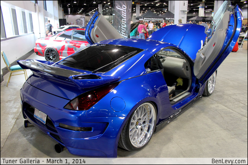 Tricked Out Nissan 350z Benlevy Com